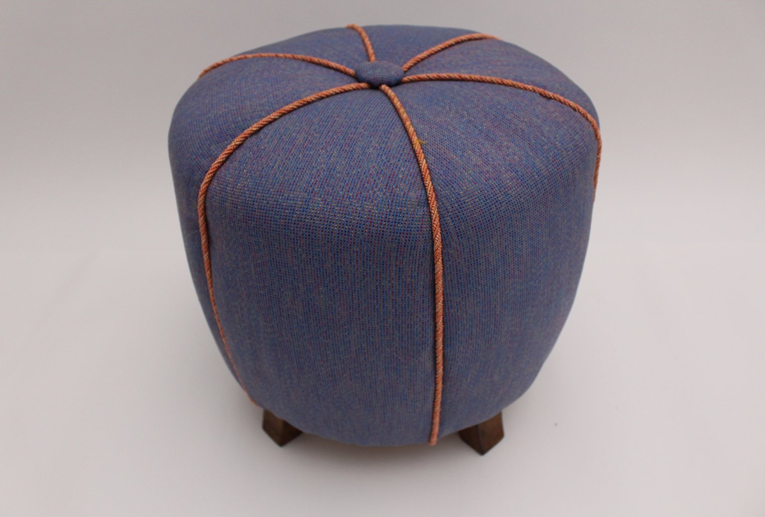 blauer art deco pouf 1930er bei pamono kaufen. Black Bedroom Furniture Sets. Home Design Ideas