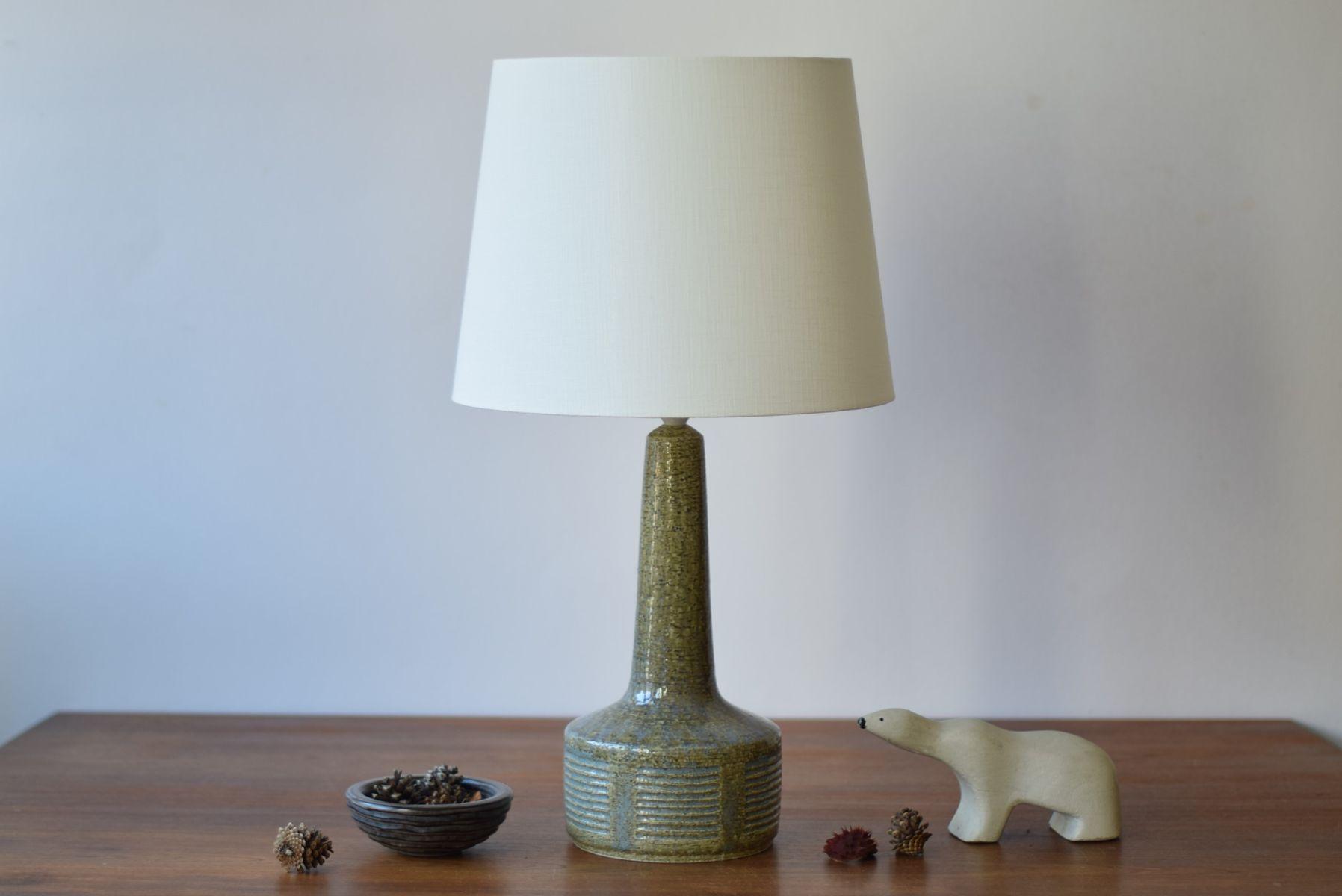 lampe de bureau scandinave mid century verte olive bleue par per linnemann schmidt pour. Black Bedroom Furniture Sets. Home Design Ideas