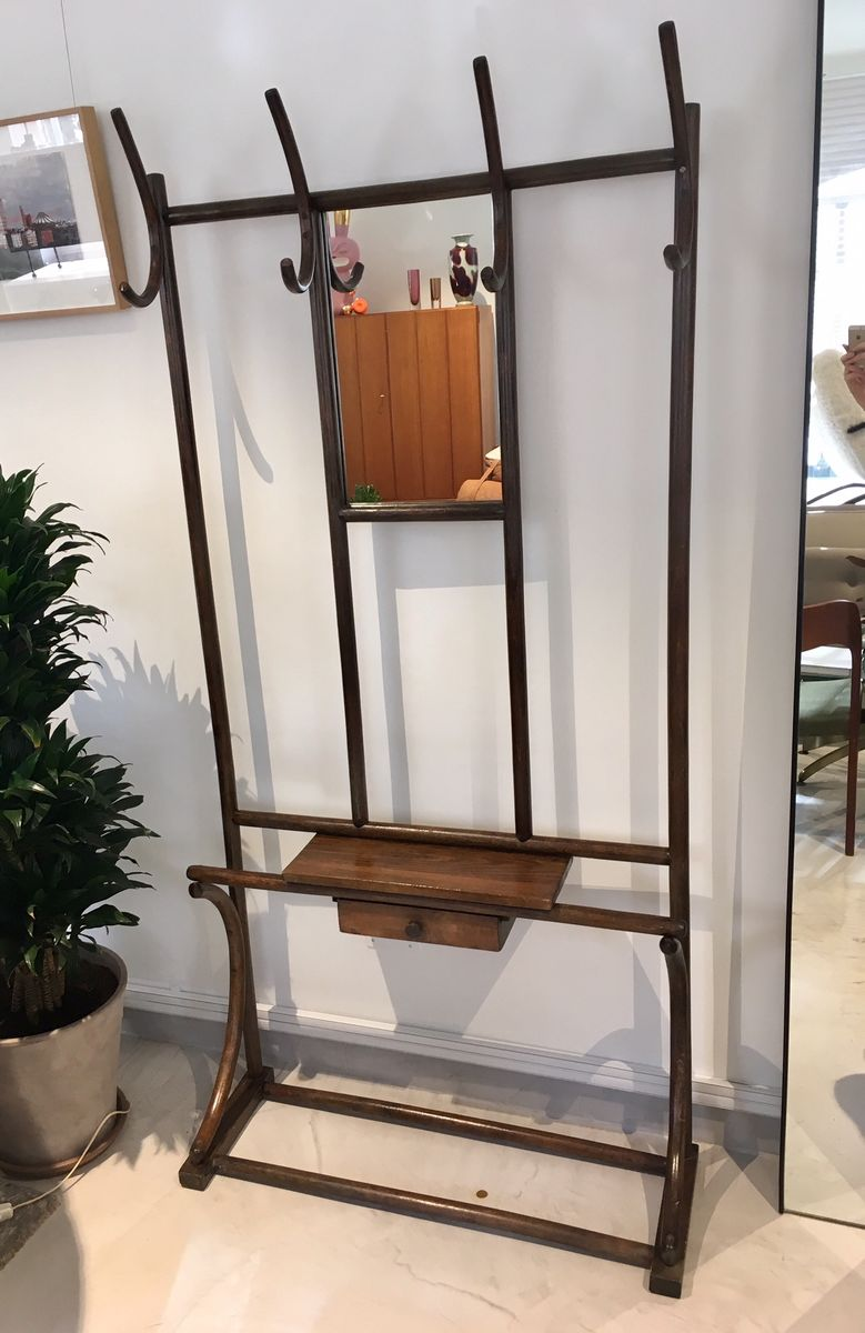 mid century kleiderst nder aus holz mit 4 haken spiegel schublade bei pamono kaufen. Black Bedroom Furniture Sets. Home Design Ideas