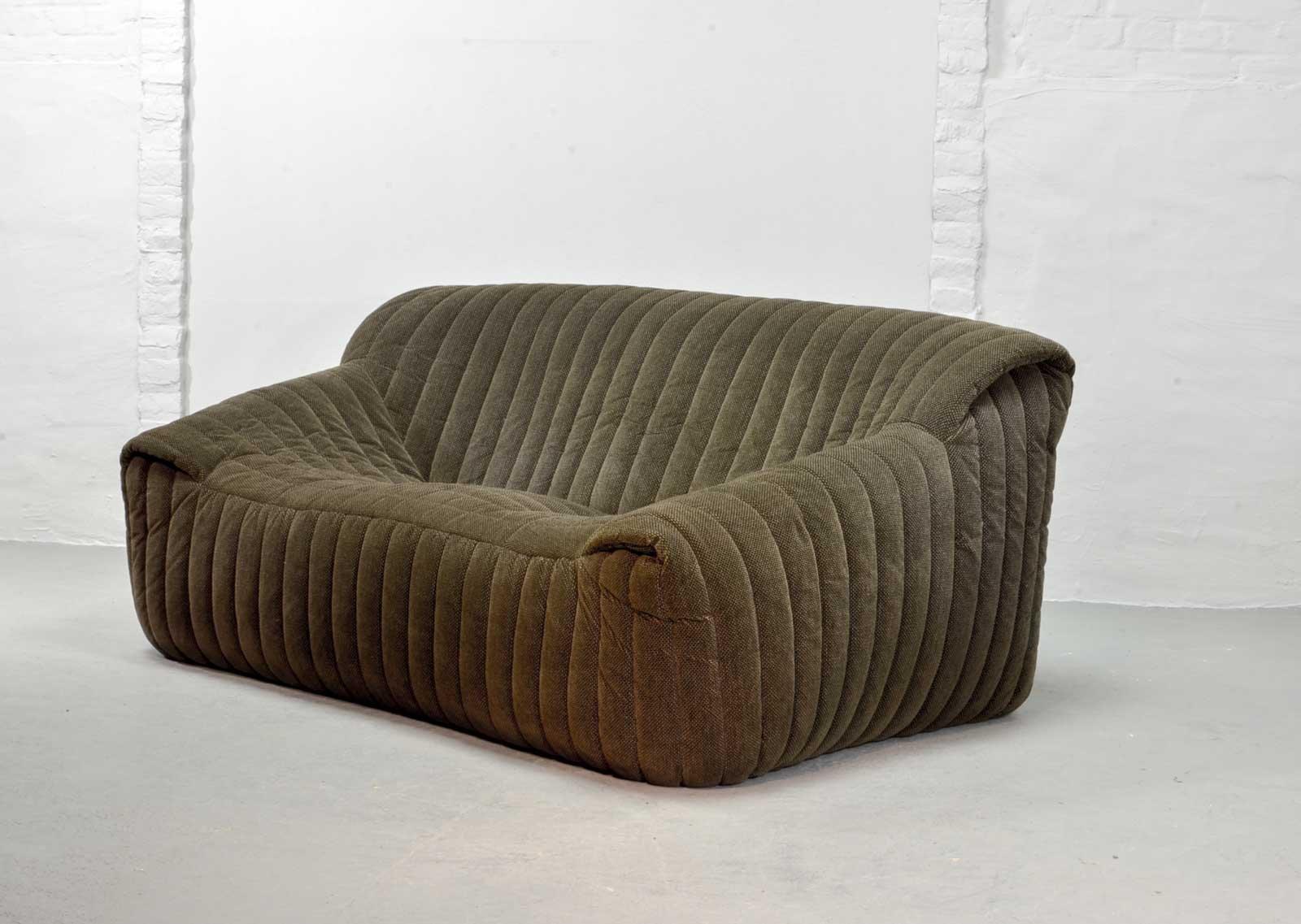 Französisches 2-Sitzer Sofa von Annie Hieronymus für Ligne Roset, 1970...