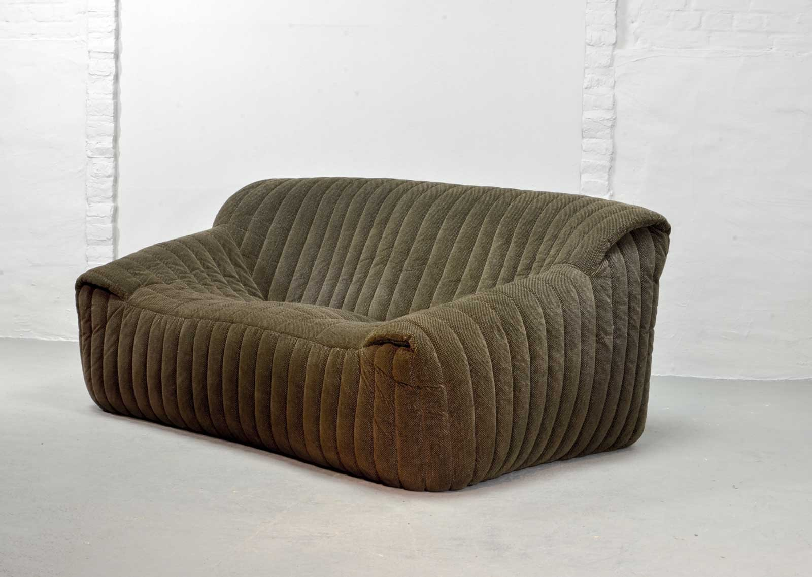 French Two Seater Sofa By Annie Hieronymus For Ligne Roset, 1970s