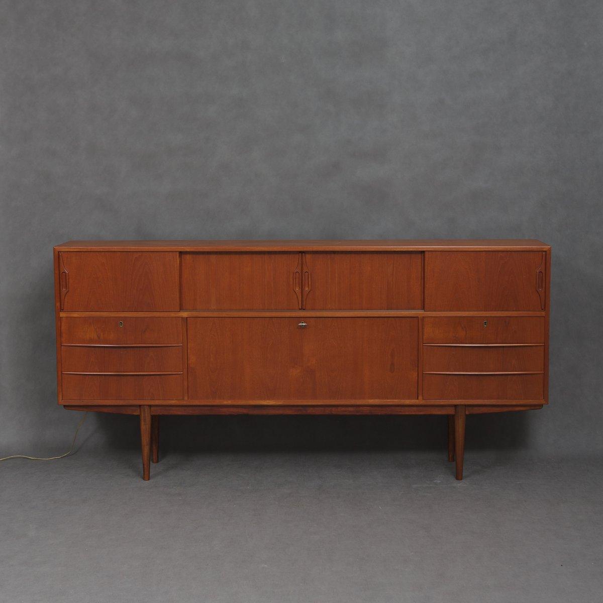 Dänisches Mid-Century Sideboard mit Beleuchtetem Bar Schrank, 1960er ...
