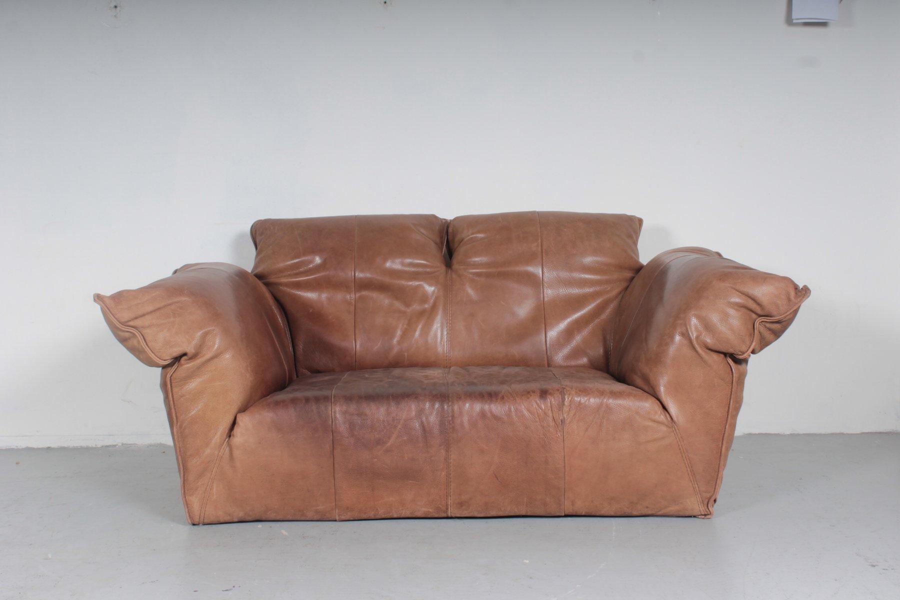 canap deux places vintage en cuir marron par gerard van den berg pour montis 1970s en vente. Black Bedroom Furniture Sets. Home Design Ideas