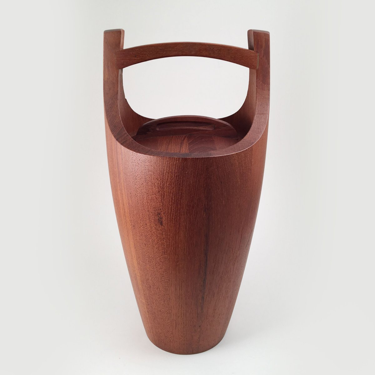 Mid Century Ice Bucket by Jens Quistgaard for Dansk Design for sale at Pamono