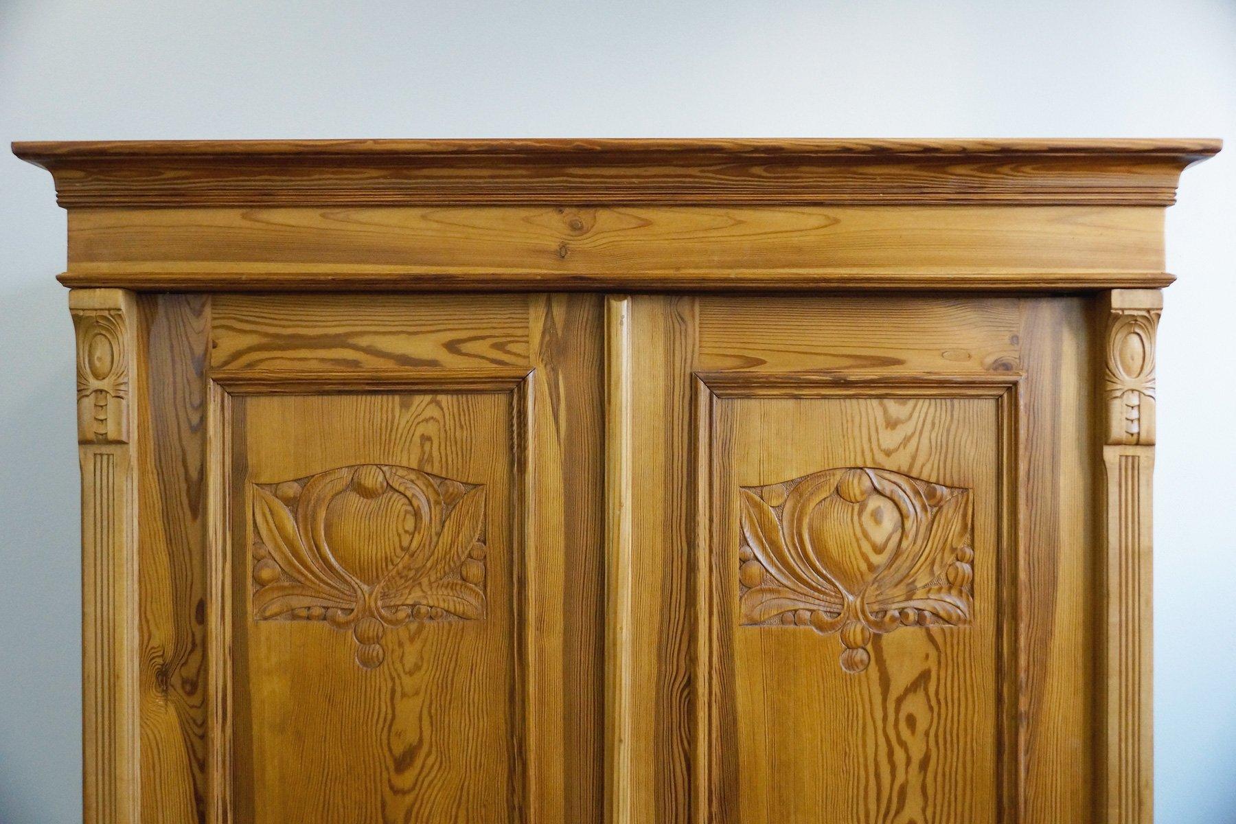 armoire art nouveau antique en vente sur pamono. Black Bedroom Furniture Sets. Home Design Ideas