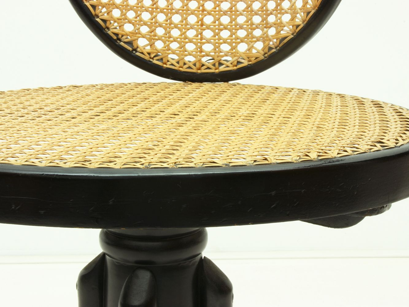 antique polish bentwood handwoven rattan 5501 swivel chair from thonet 1880s for sale at pamono. Black Bedroom Furniture Sets. Home Design Ideas