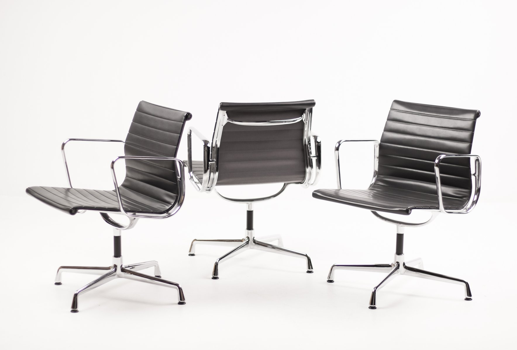 Sedie Charles Eames Vitra.Poltrona Charles Eames Vitra Eames Lounge Chair Wikipedia Vitra