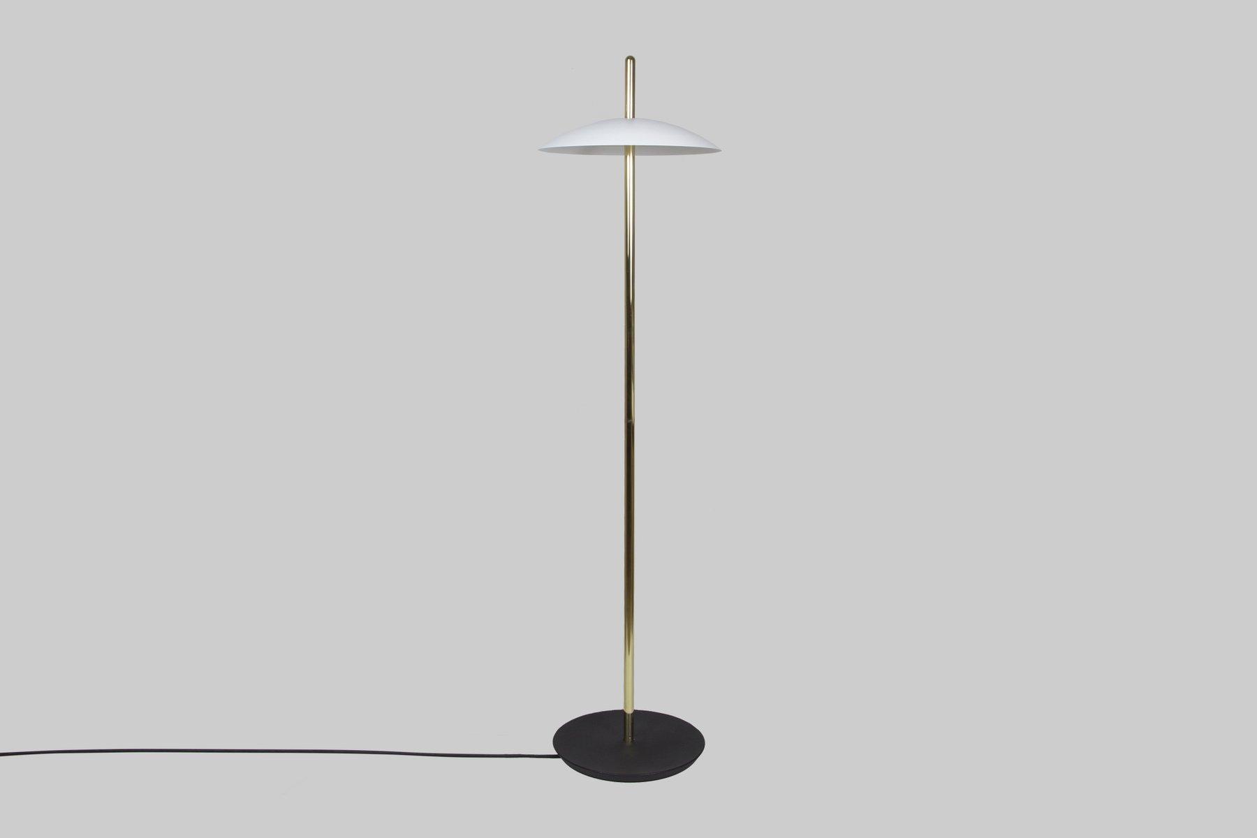 Weiße Messing Signal Stehlampe von Shaun Kasperbauer für Souda