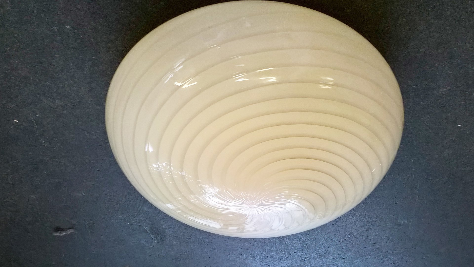 Große Mid-Century Crème Murano Glas Deckenlampe, 1970er