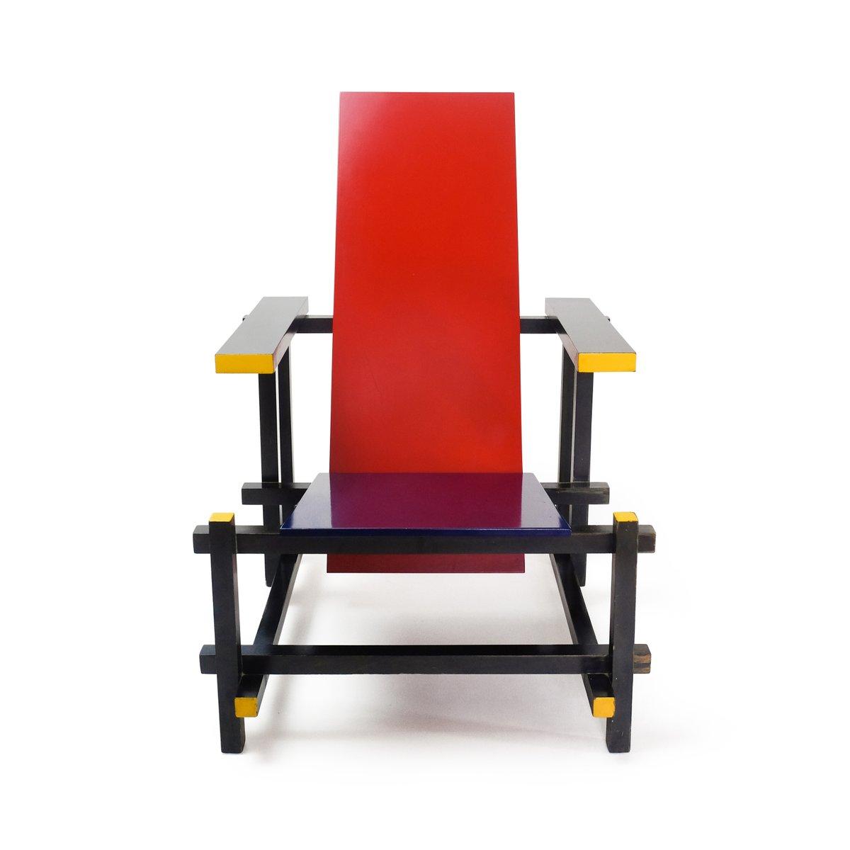 Rietveld stuhl zeichnung  Stuhl in Rot & Blau von Gerrit Thomas Rietveld für Cassina, 1970er ...