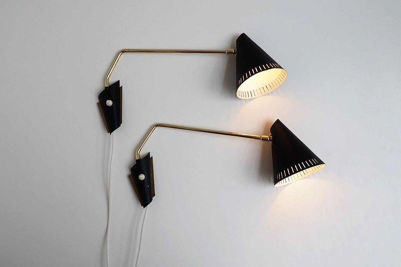 Lampade da parete in ottone di lyfa anni set di in vendita