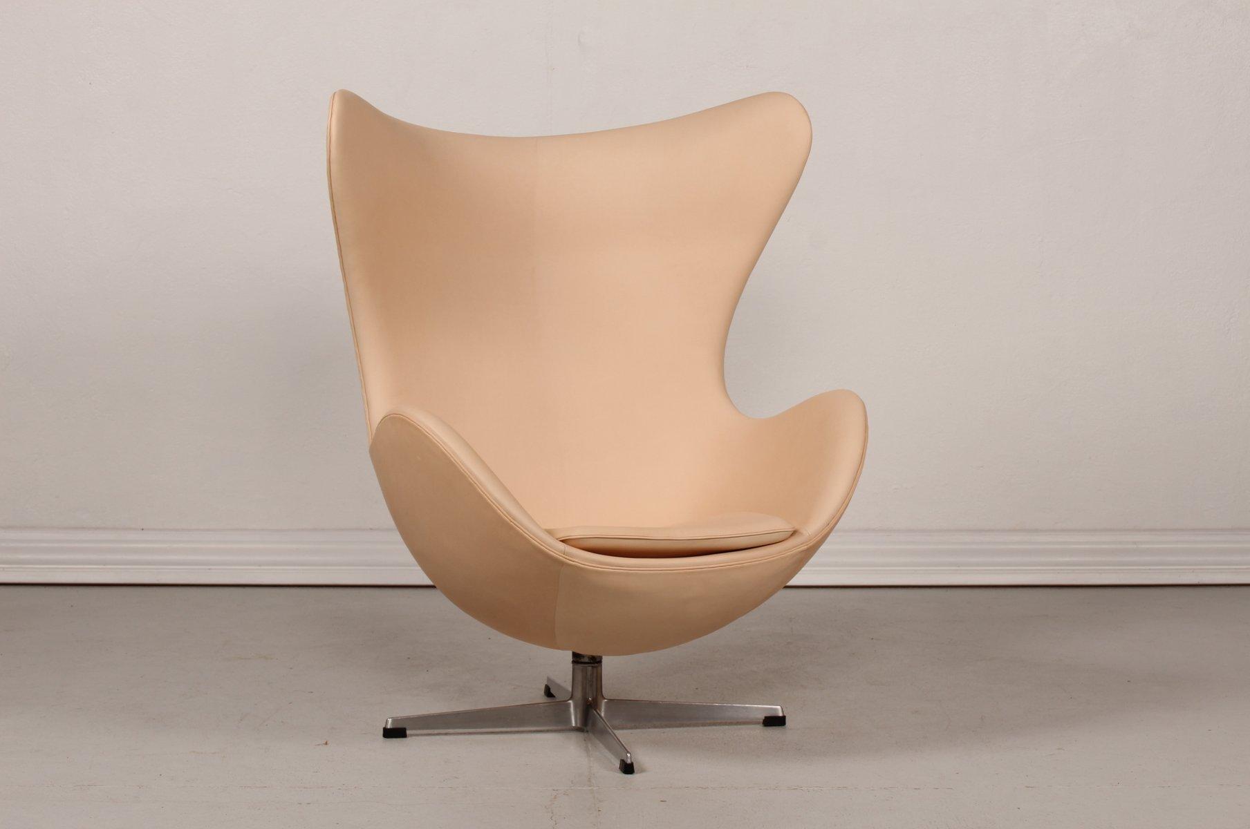 Mid-Century 3316 Kunstleder Egg Chair von Arne Jacobsen für Fritz Hans...