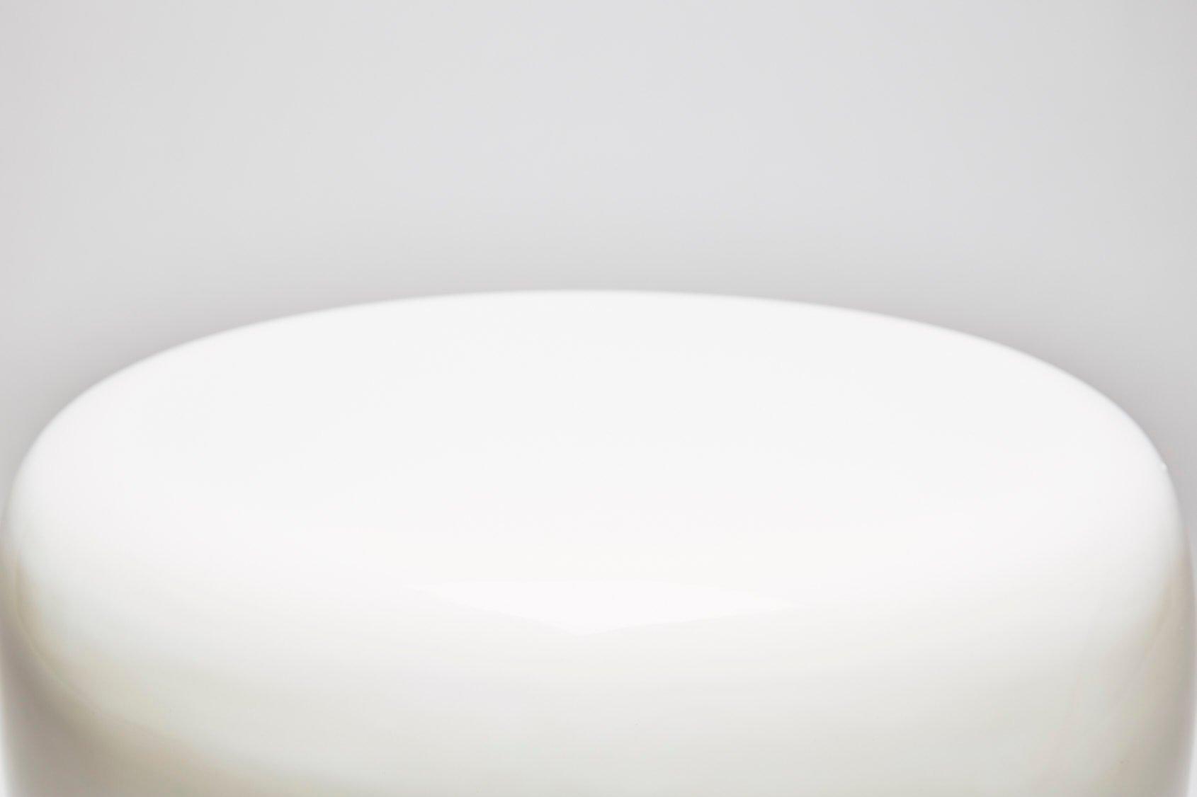 Tavolino o sgabello dot bianco latte di reda amalou in vendita su pamono