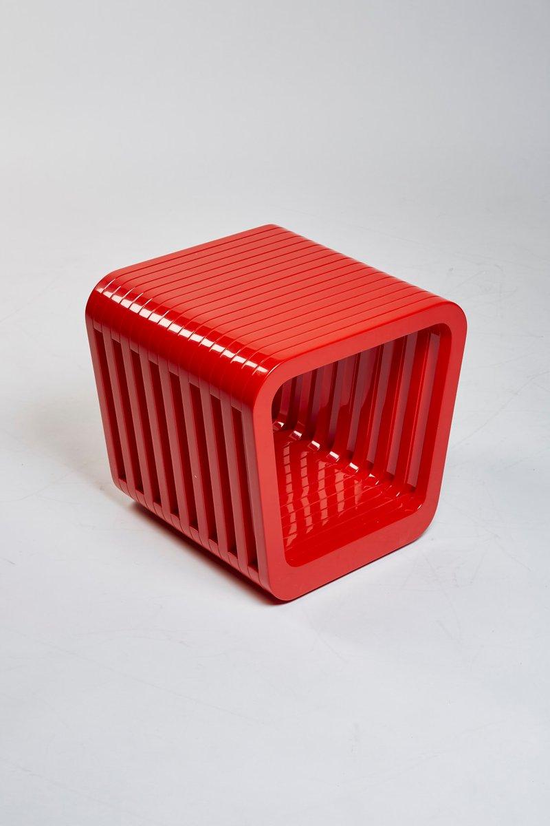 Link Hocker oder Couchtisch in Iconic Rot von Reda Amalou