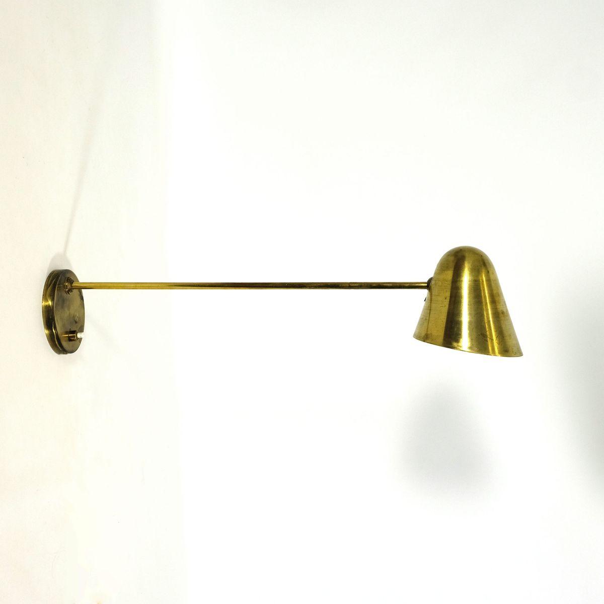 Französische Mid-Century Messing Wandlampe, 1950er
