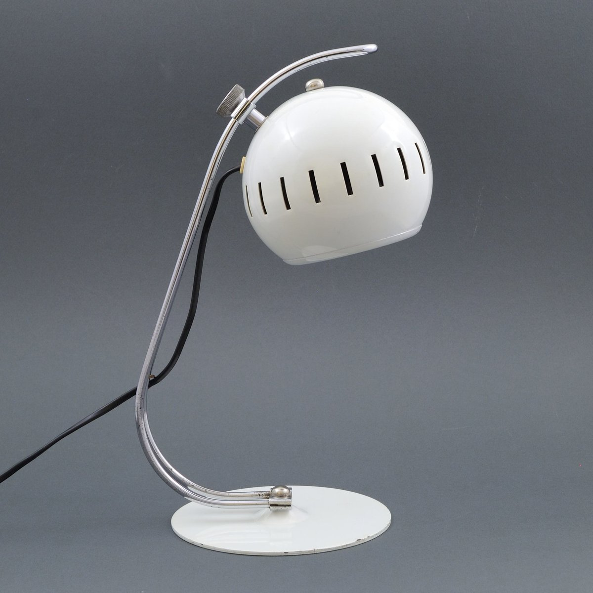 Weiße Eyeball Schreibtischlampe, 1960er