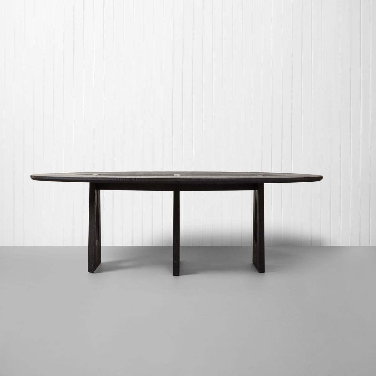 Scorched Ash Dining Table Esstisch von Sebastian Cox, 2017