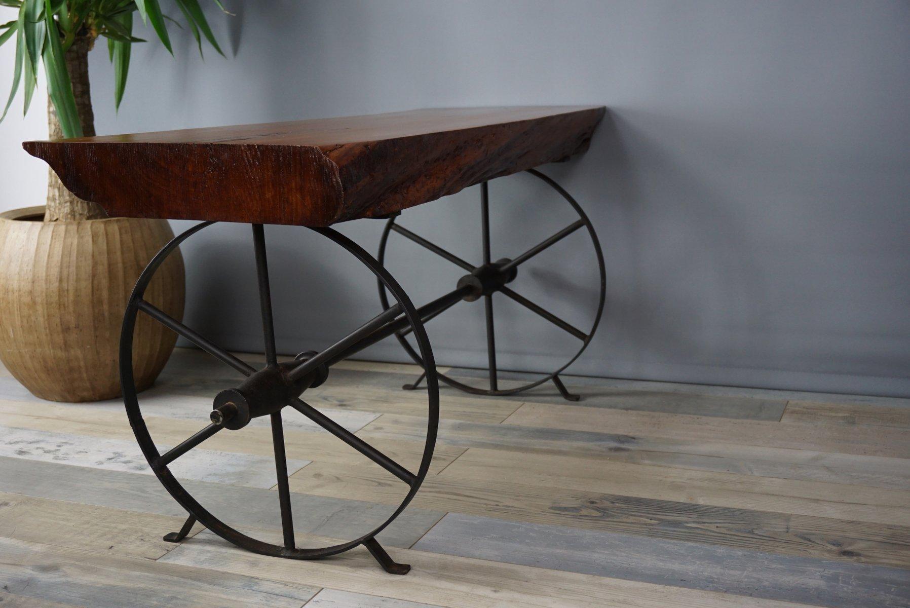 couchtisch aus holz und metall 1950er bei pamono kaufen. Black Bedroom Furniture Sets. Home Design Ideas
