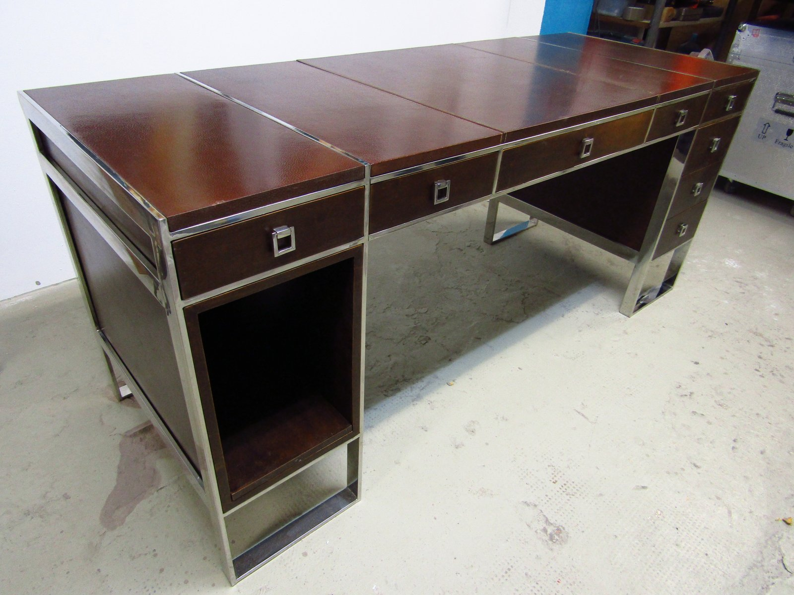 schreibtisch von guy lefevre f r maison jansen 1960er bei pamono kaufen. Black Bedroom Furniture Sets. Home Design Ideas