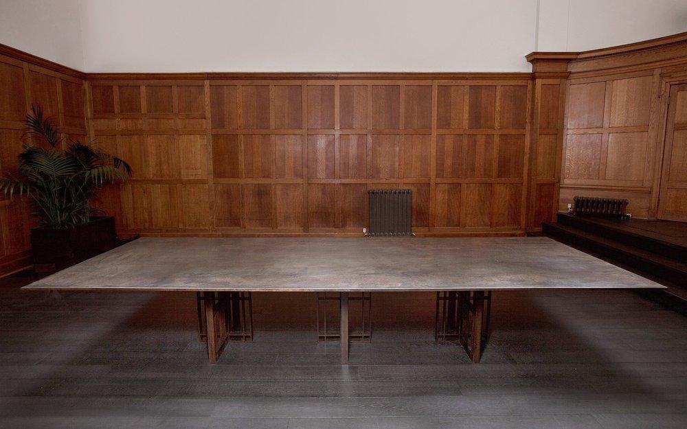 Tavolo da sala riunioni Sonar di Richy Almond per Novocastrian in ...