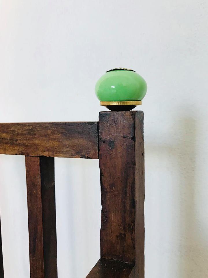 Futon Bio-Baumwolle Standard. Dieser 11 cm hohe Futon wird nach alter japanischer Tradition gefertigt. Er besteht aus 7 Lagen reiner Bio-Baumwolle und ist ein hundert Prozent natürliches Produkt mittleren Härtegrads.