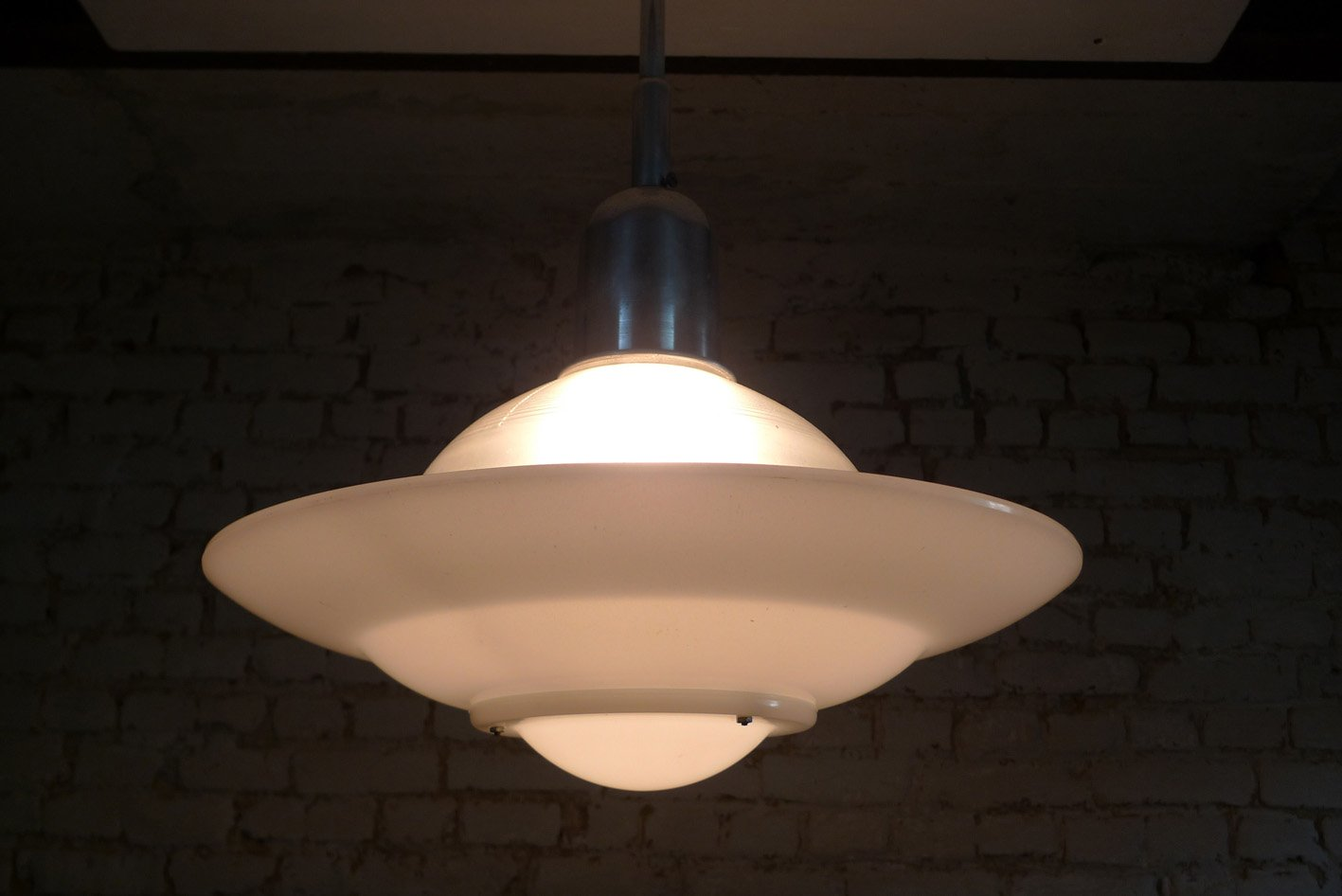 Lampade Da Soffitto Di Design : Lampada da soffitto di holophane anni in vendita su pamono