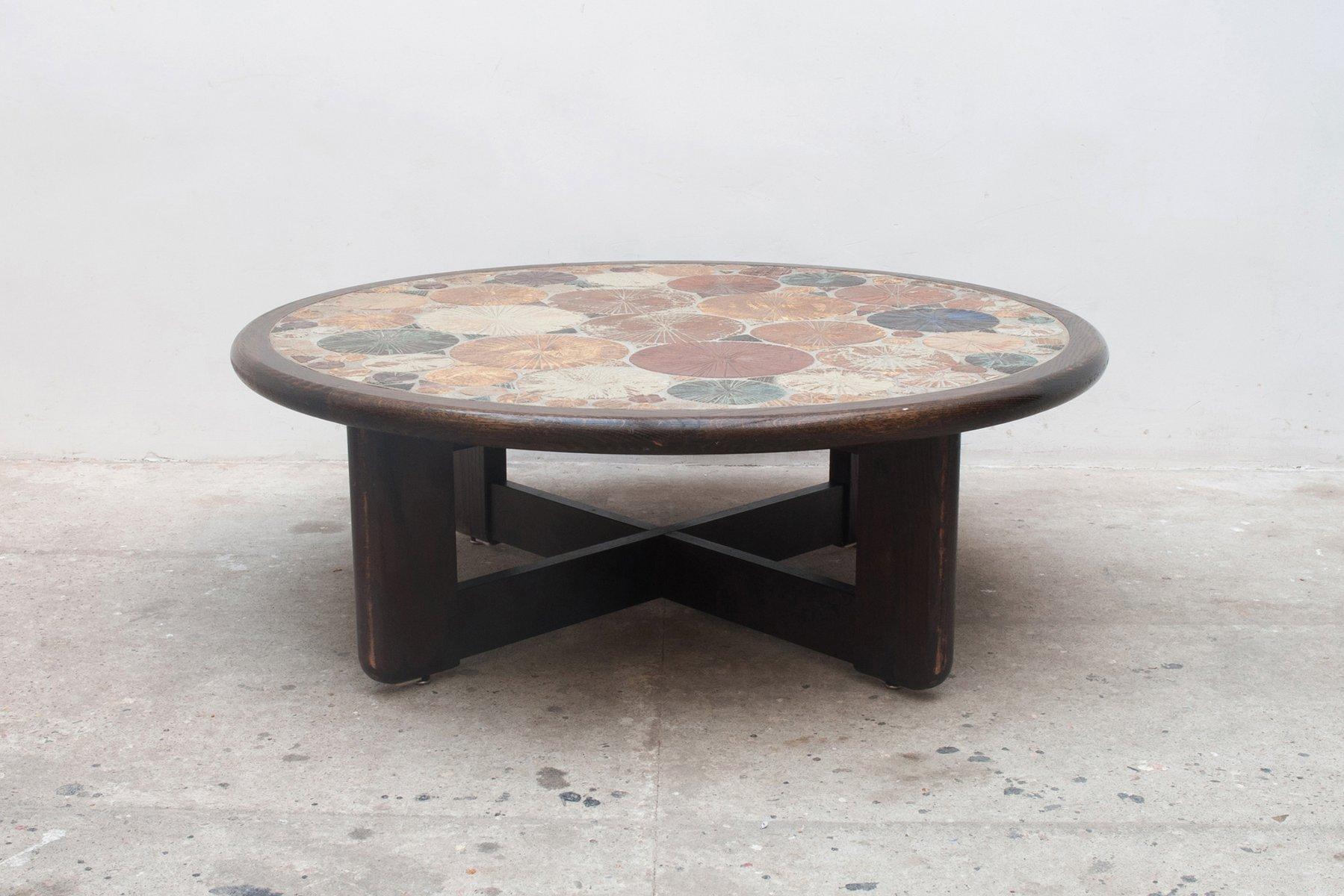 Tavolino da caffè rotondo grande vintage con piastrelle di tue