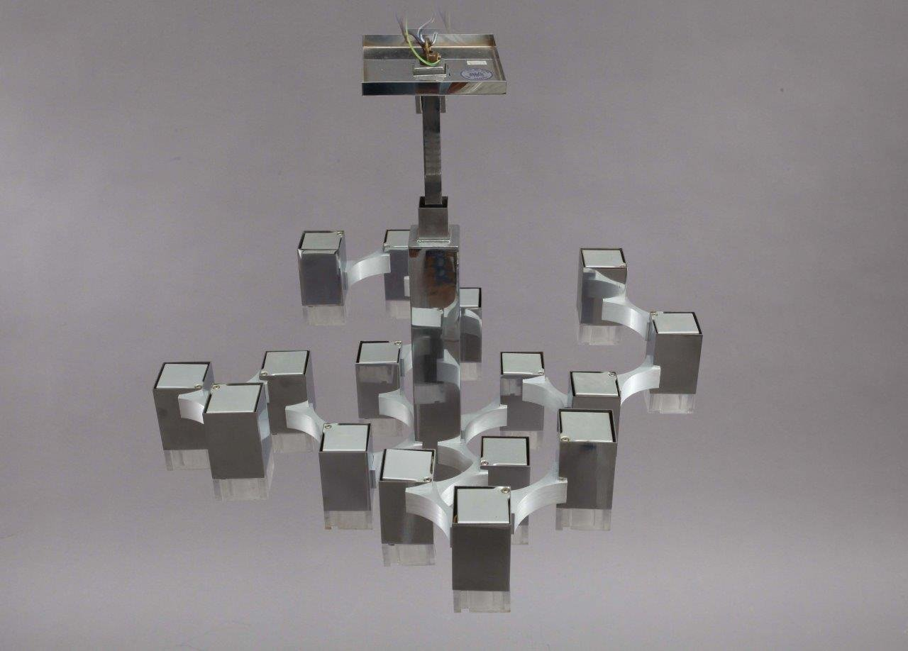 Cubic Chandelier by Gaetano Sciolari, 1970s bei Pamono kaufen