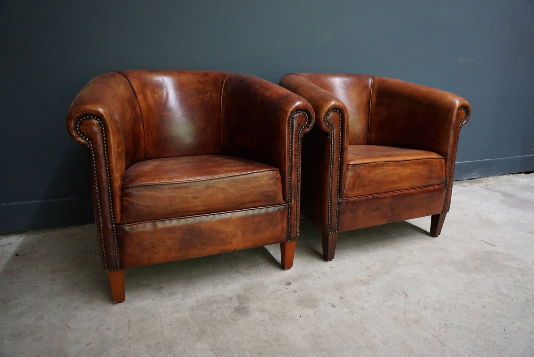 vintage dutch cognac leather club chairs set of 2 for sale at pamono. Black Bedroom Furniture Sets. Home Design Ideas