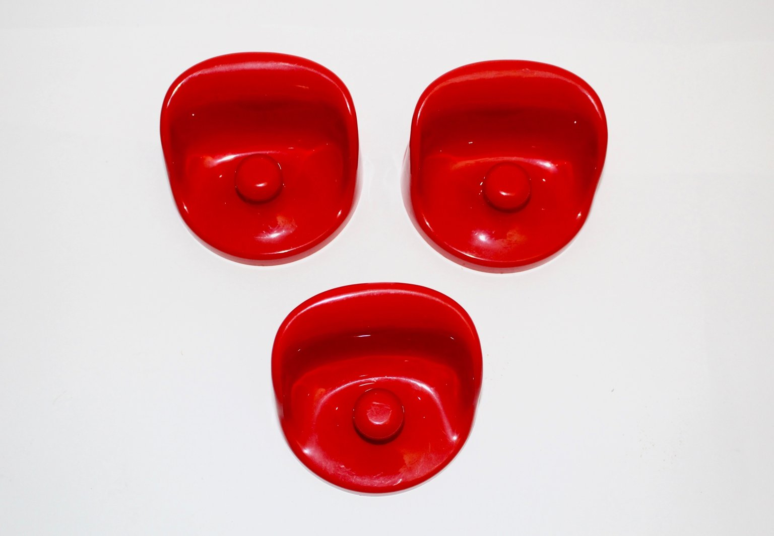 Red Wall Hooks By Olaf Von Bohr For Kartell 1960s Set Of 3