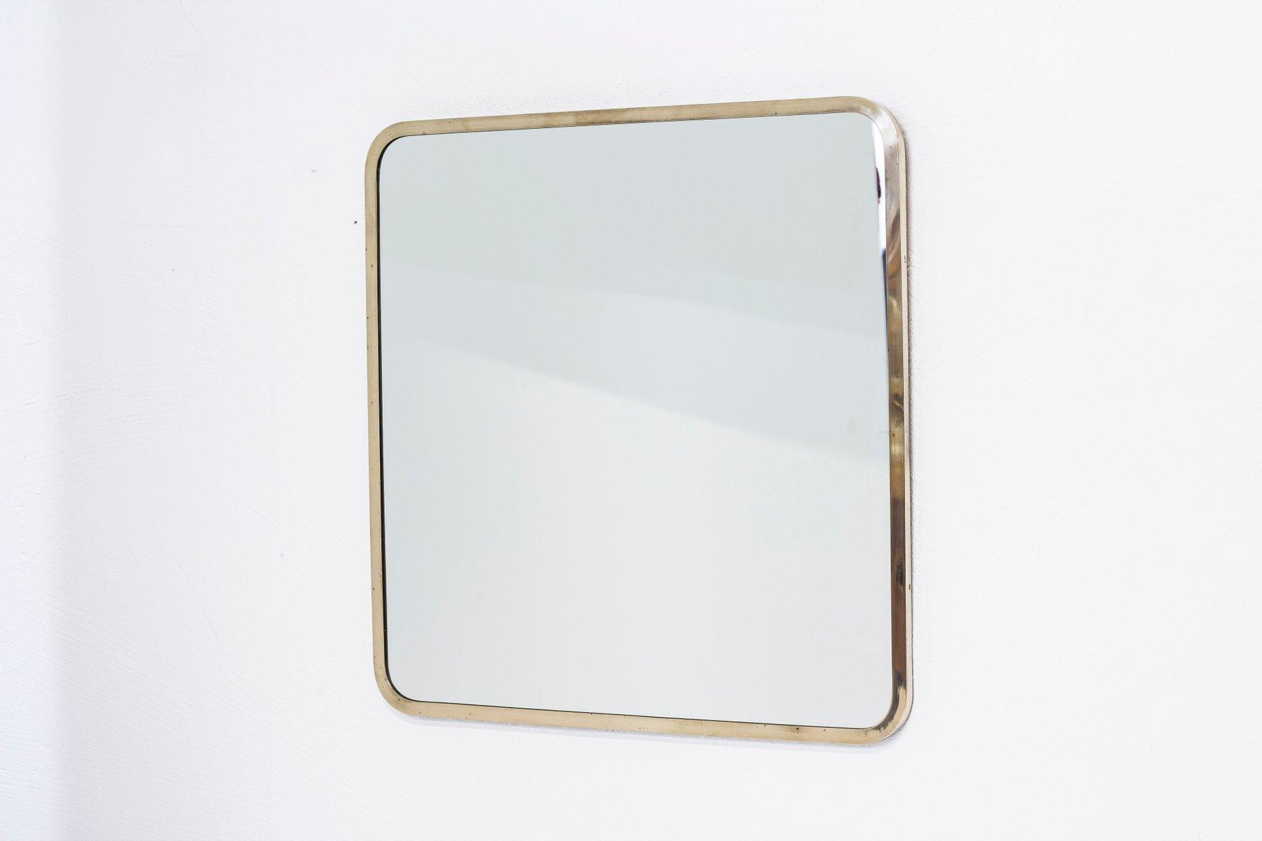 Schwedischer Spiegel mit Rahmen aus Messing von Ivar Björk für Ystad ...