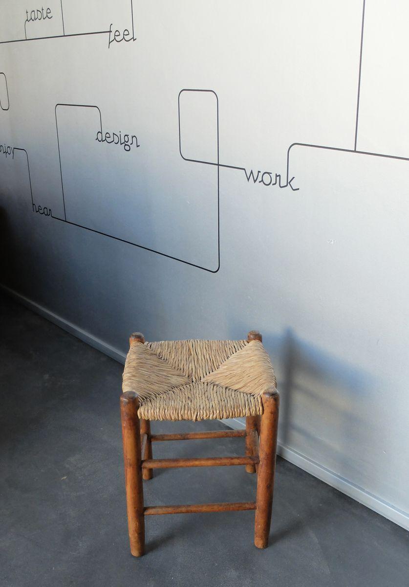 vintage n 17 hocker mit sitz aus stroh von charlotte. Black Bedroom Furniture Sets. Home Design Ideas