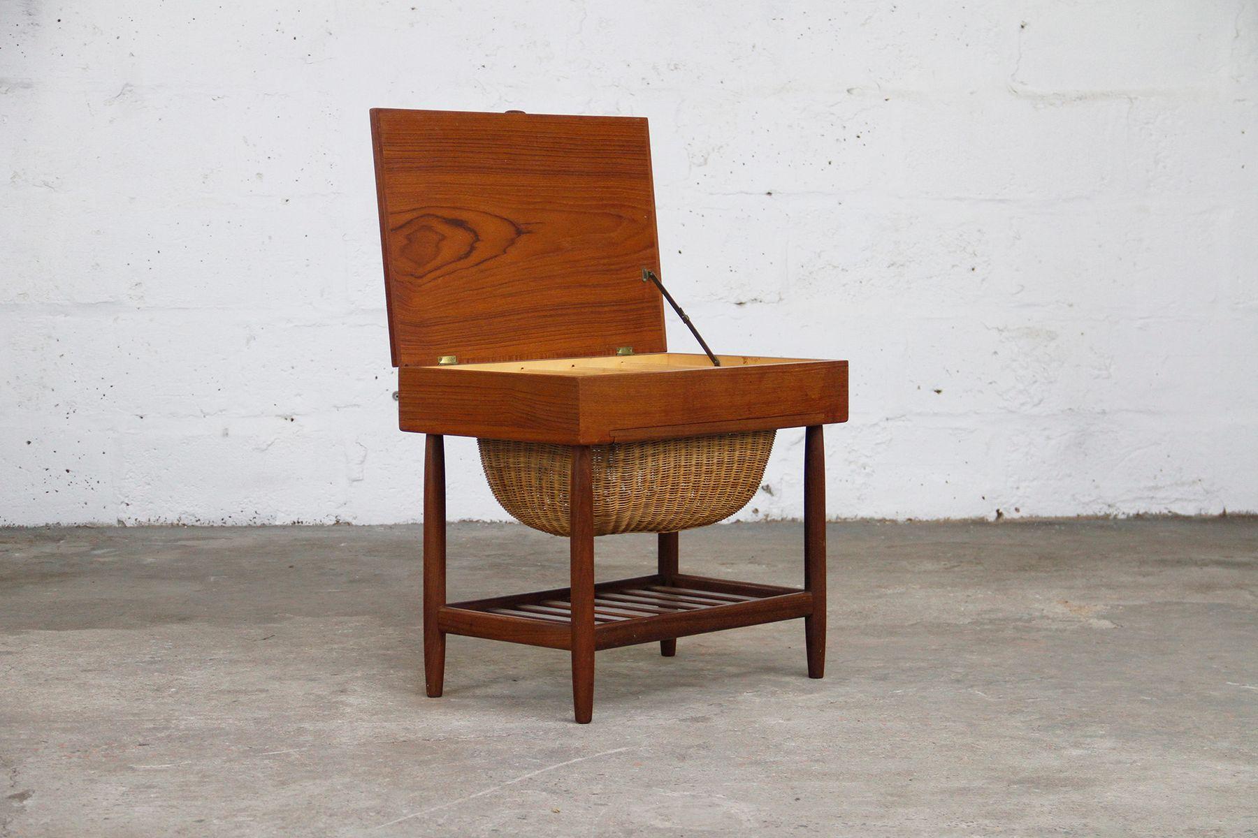 Mesa de costura danesa vintage de teca en venta en pamono - Mesa de teca ...