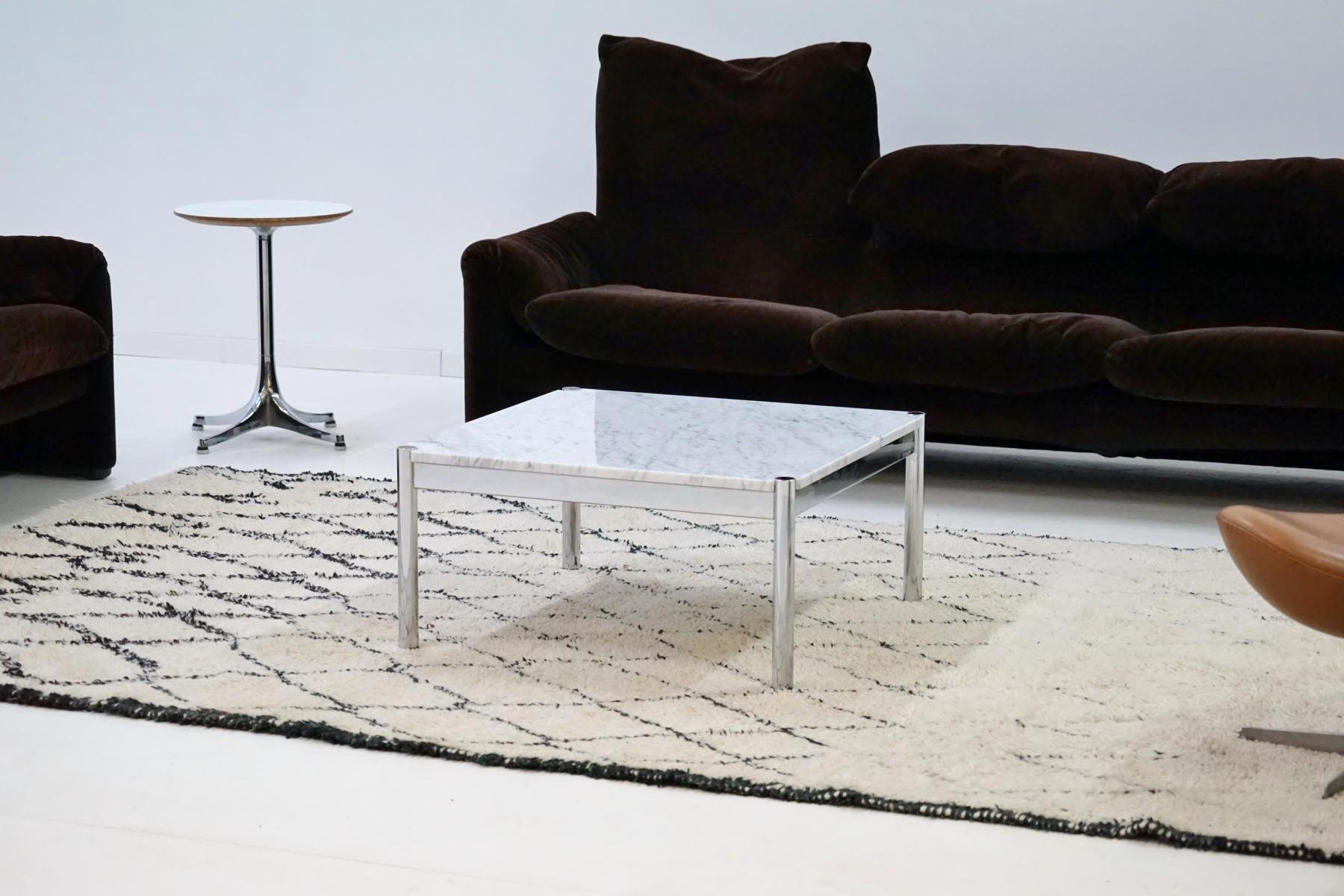 vintage couchtisch aus carrara marmor von usm haller bei pamono kaufen. Black Bedroom Furniture Sets. Home Design Ideas
