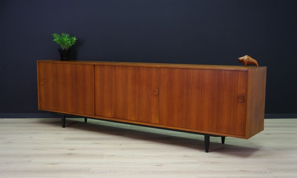d nisches vintage sideboard mit furnier aus teakholz bei pamono kaufen. Black Bedroom Furniture Sets. Home Design Ideas