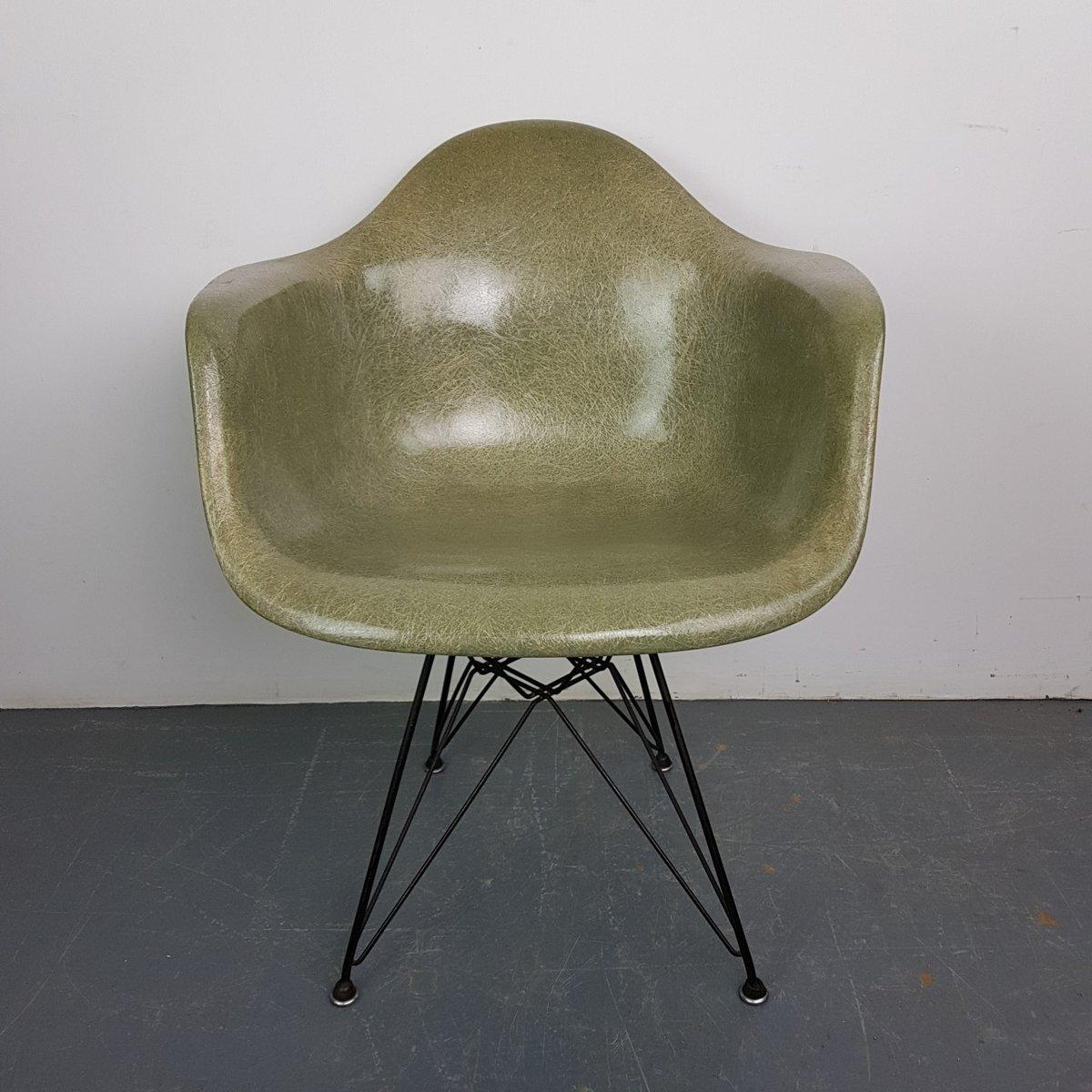 mid century stuhl aus seilkeil in meeresgr n von charles ray eames f r herman miller bei. Black Bedroom Furniture Sets. Home Design Ideas