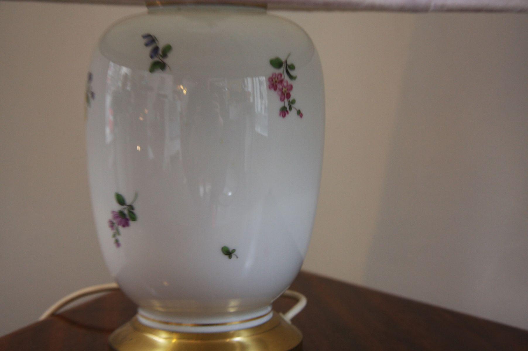 vintage tischlampe aus porzellan von augarten bei pamono kaufen. Black Bedroom Furniture Sets. Home Design Ideas