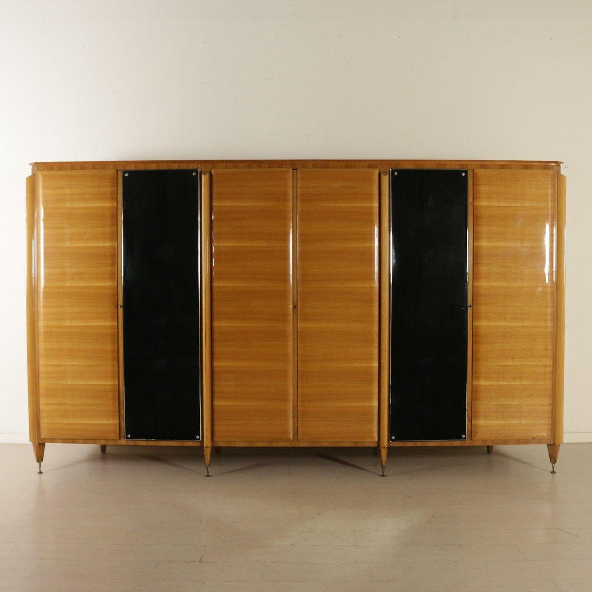 Vintage Walnuss Furnier Kleiderschrank mit Spiegel und Sechs Türen