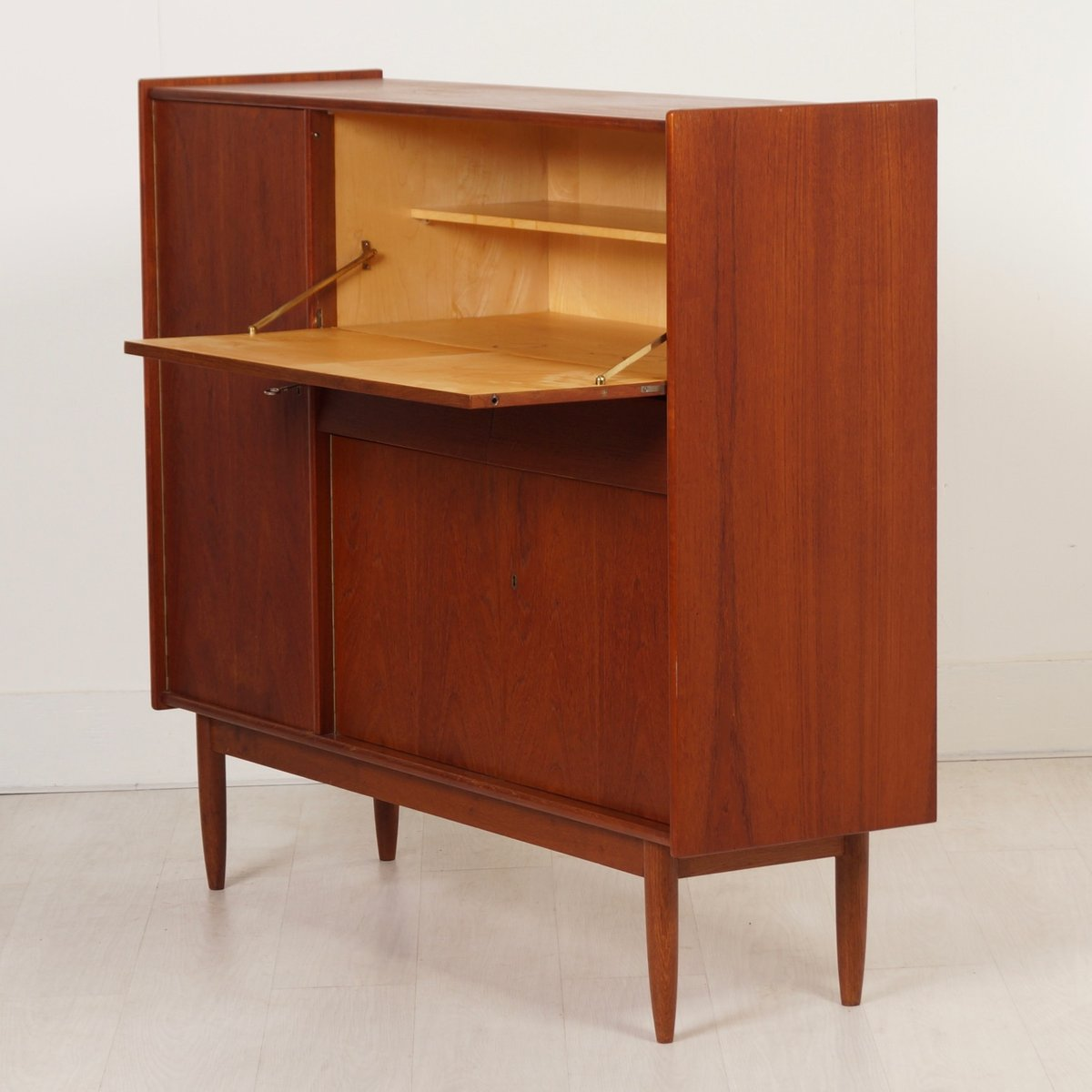 secr taire avec meuble vintage en teck 1960s en vente sur pamono. Black Bedroom Furniture Sets. Home Design Ideas