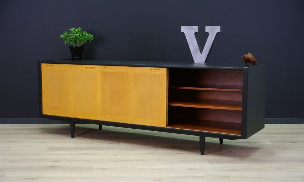 d nisches mid century sideboard von skovvon bei pamono kaufen. Black Bedroom Furniture Sets. Home Design Ideas