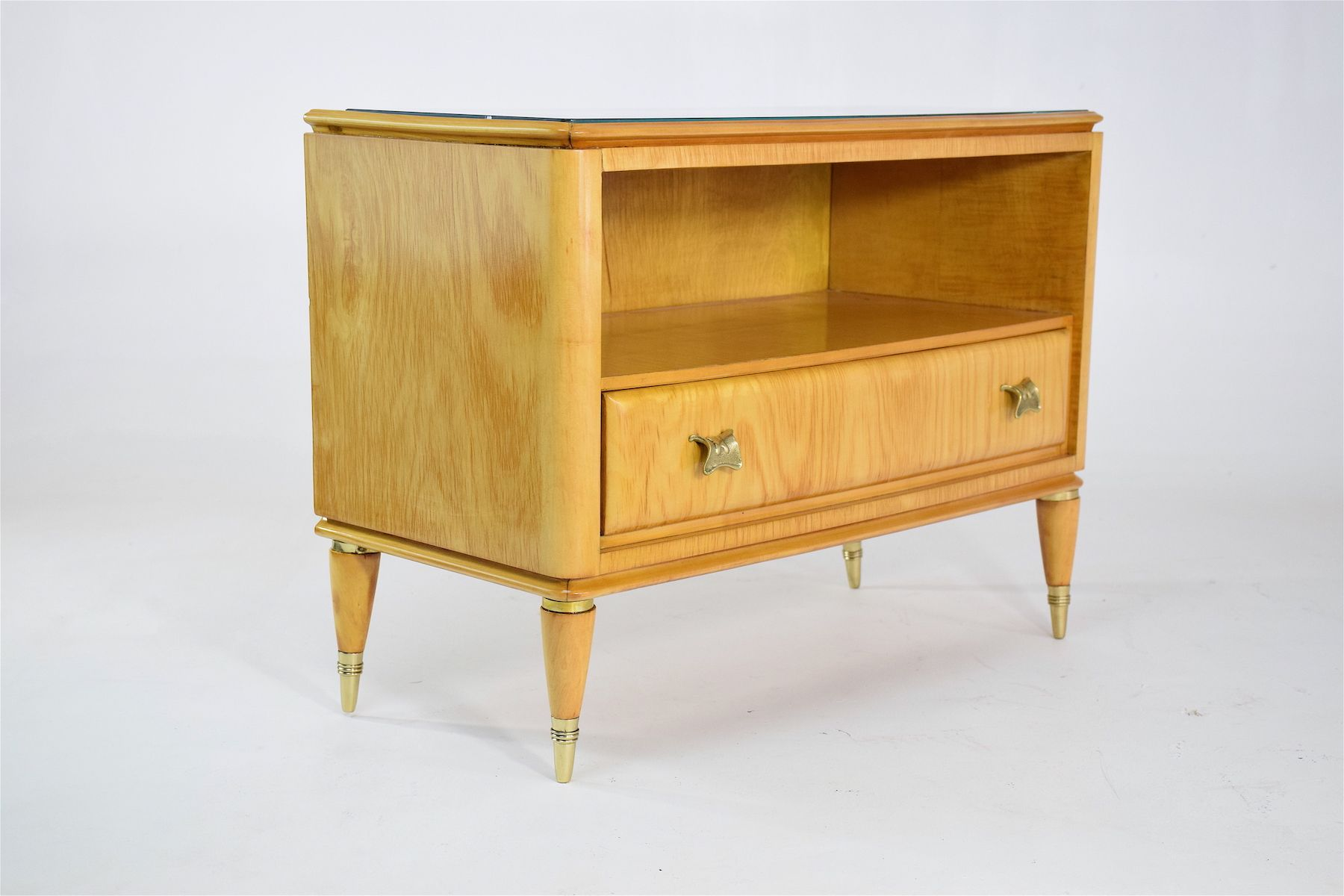 mid century italian maple nightstands 1950s set of 2 for sale at pamono. Black Bedroom Furniture Sets. Home Design Ideas