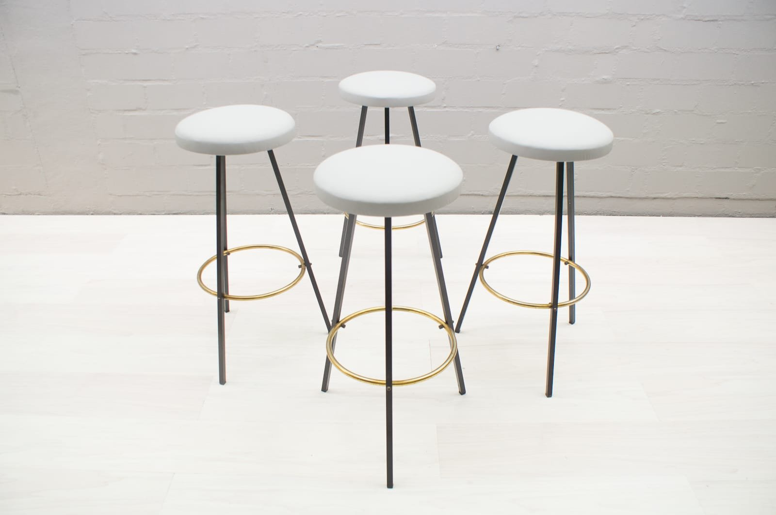 mid century barhocker 2er set bei pamono kaufen. Black Bedroom Furniture Sets. Home Design Ideas