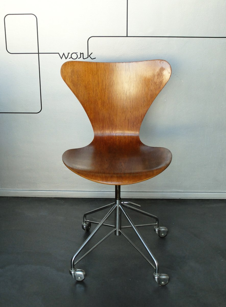 Vintage 3117 Office Swivel Chair By Arne Jacobsen For Fritz Hansen 1969