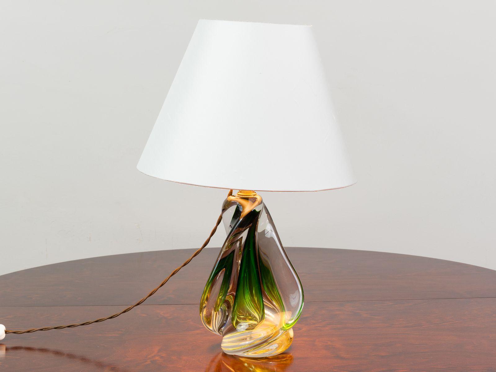 Lampade In Vetro Soffiato : Lampada in vetro soffiato verde di doyen belgio anni 60 in
