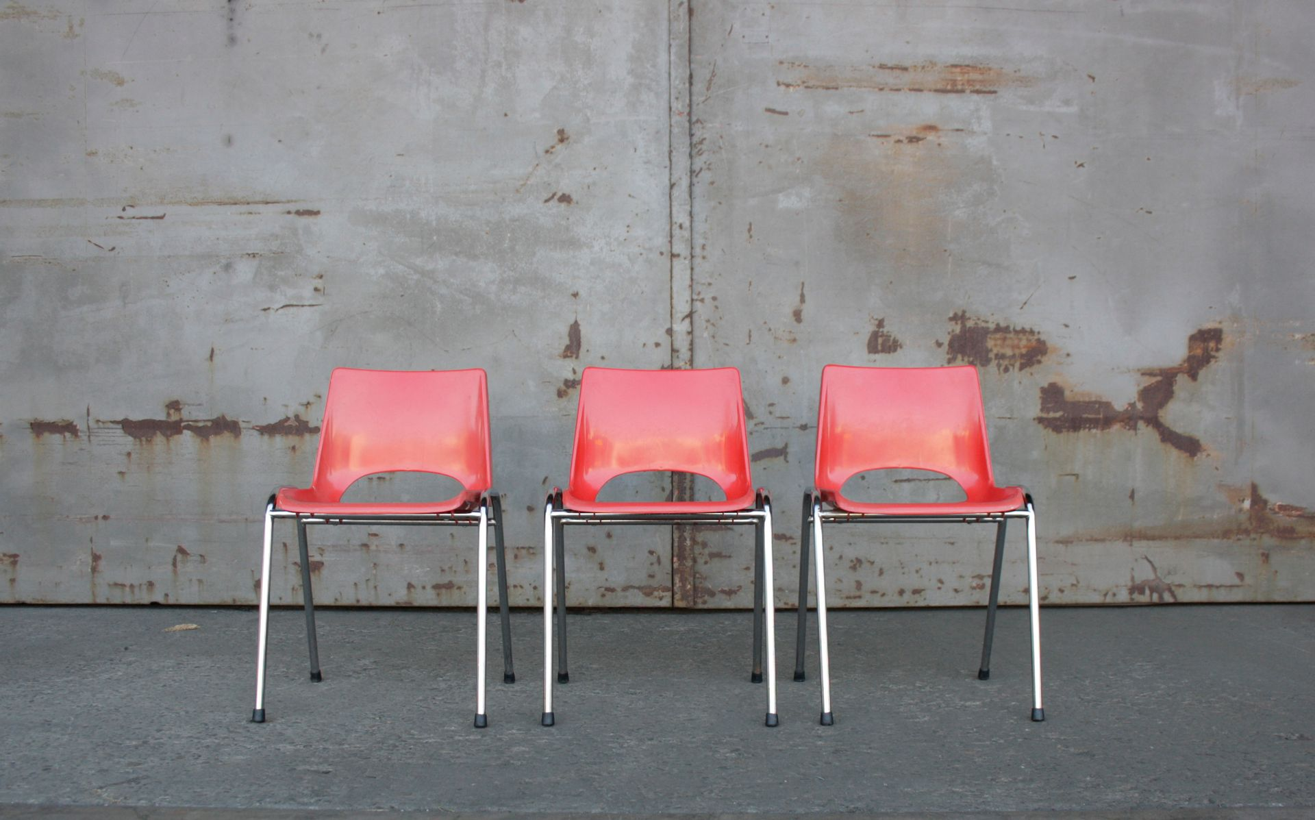Sedie In Metallo E Plastica : Sedie da bambino vintage in metallo cromato e plastica rossa