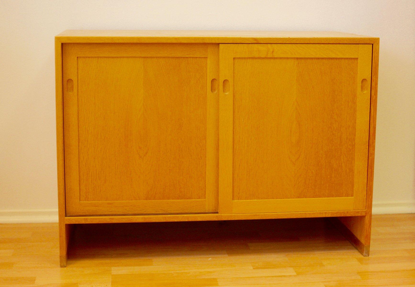 100 Serie Sideboard von Hans J. Wegner für Ry Møbler, 1979