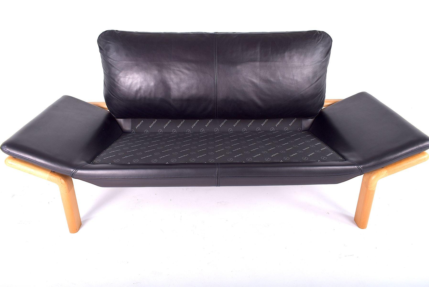 d nisches vintage 2 sitzer sofa von komfort bei pamono kaufen. Black Bedroom Furniture Sets. Home Design Ideas