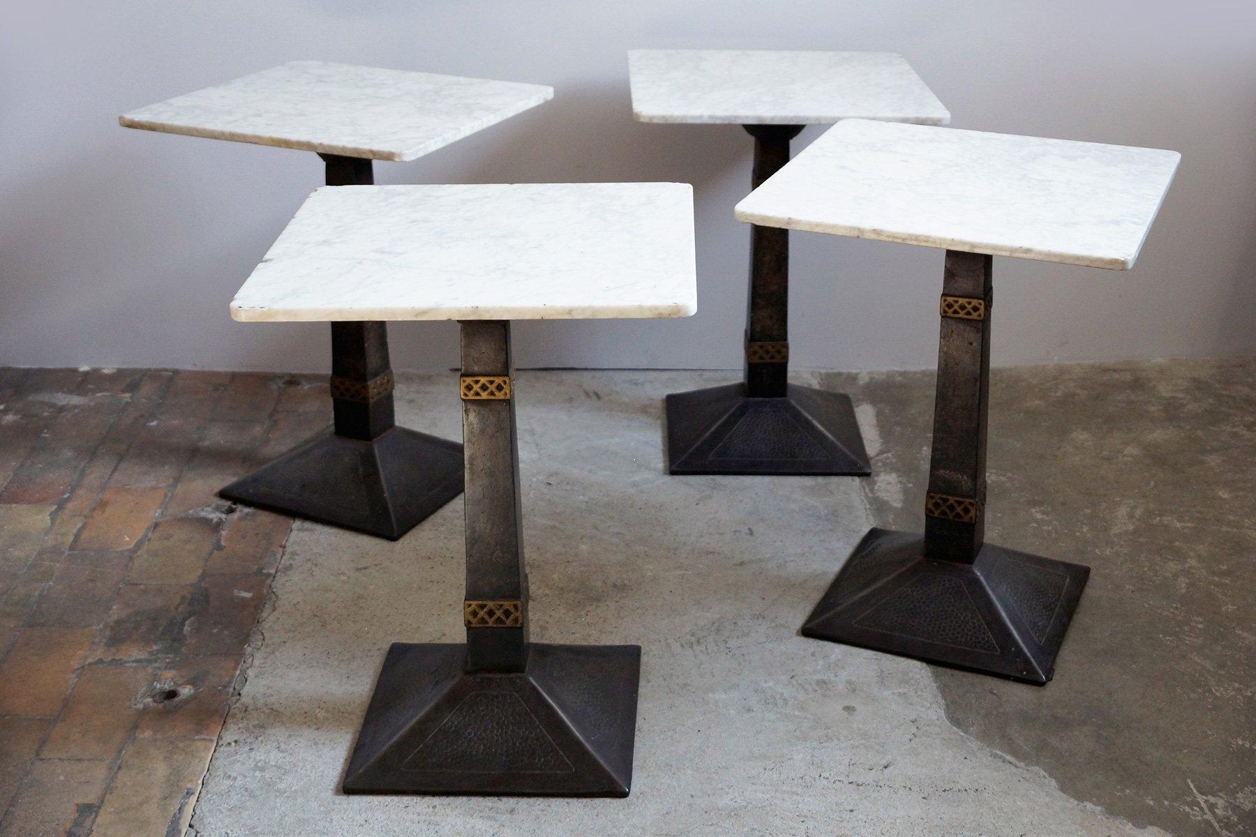 Tavoli vintage da bistro in marmo, set di 10 in vendita su Pamono