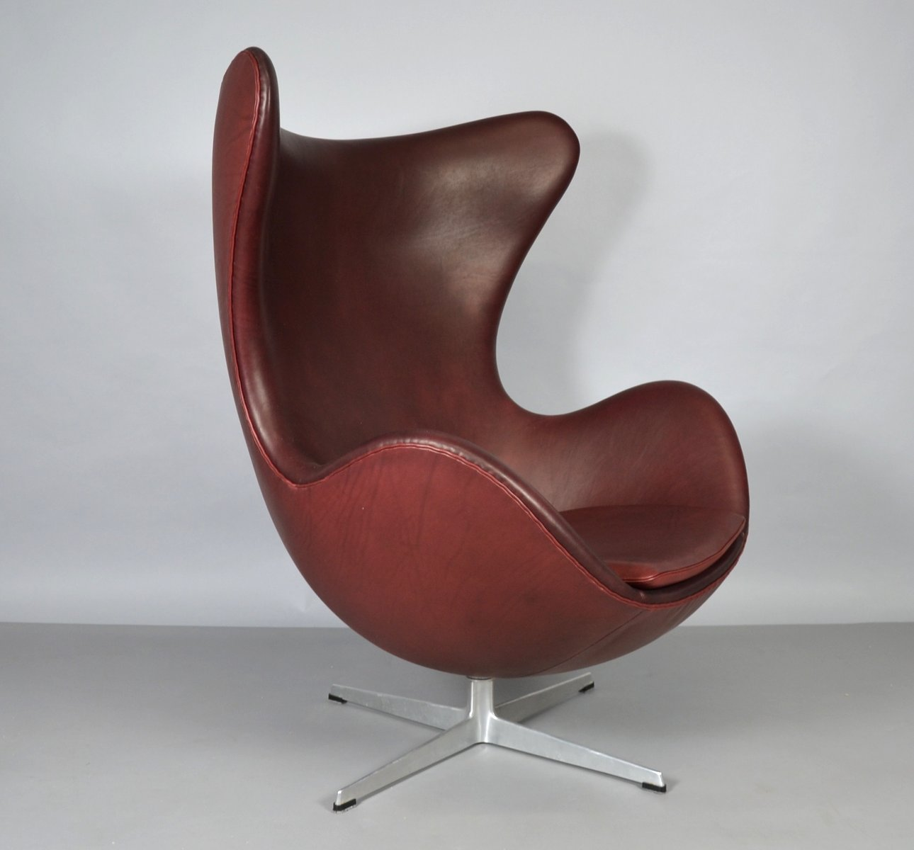 leather egg chair leather egg chair by arne jacobsen for fritz hansen 1965 16624 | leather egg chair by arne jacobsen for fritz hansen 1965 3