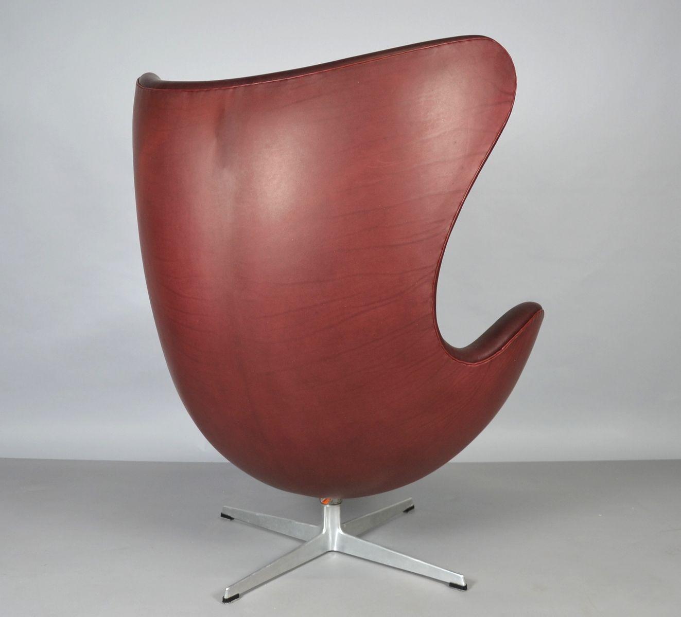 egg chair aus leder von arne jacobsen f r fritz hansen 1965 bei pamono kaufen. Black Bedroom Furniture Sets. Home Design Ideas